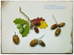 Oak twig with acorns out of seed beads and wire. Free detailed tutorial.