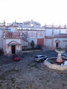 Patio central. Hda. Sn. Bartolomé, Tlaxcala, Mex. Casco de la hacienda, más de 100 años de antigüedad.