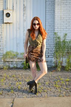 Scallop Edge Leopard Mini Skirt + Green Tank + Booties // Summer Outfit