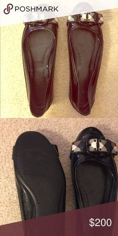 Burberry Flats Beautiful classic Burberry flats, in excellent condition and perfect for the quick approaching Fall season! Burberry Shoes Flats & Loafers