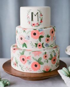 Painted floral cake and monogram? Yes please! #weddingmonogram #weddingcake #cake #weddinginspo #bridalinspo #wedding #weddingdessert #paintedcake #floralcake