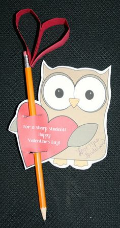 FREE template to make heart-topped pencil Valentine owls.