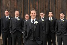 Different take on wedding party shots....like this but it needs the shorter guys on the ends