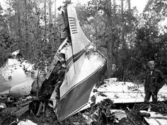Lynyrd Skynyrd Plane Crash (1977)
