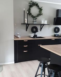 Black Ikea Kitchen, Kitchen Living, Living Room, Stylish Kitchen, Other Rooms, Home Fashion, Decoration, Interior Inspiration, Sweet Home