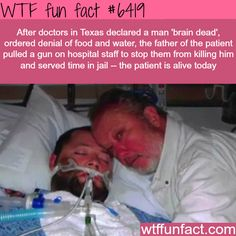 Dad pulls a gun on hospital staff to save his brain dead son - WTF fun facts. It's fucking sad how Hospitals work. Stand up for yourself like this father did at any cost. Wtf Fun Facts, True Facts, Funny Facts, Random Facts, Crazy Facts, The More You Know, Good To Know, Did You Know, Faith In Humanity Restored