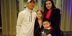 Irina Columbeanu are zeci de mii de fani şi îi calcă pe urme mamei sale! Ce mesaj a postat fiica Monicăi Gabor Verona, Karate, Fani, Beverly Hills, Adidas Jacket, Athletic, Instagram, Jackets, Fashion