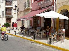 BAR TONI Plaça de l´Ajuntament, 7 Tel. 661 014 853 E-mail: joselitoalcalali@hotmail.com