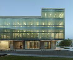 Vol Walker Hall & the Steven L Anderson Design Center / Marlon Blackwell Architect