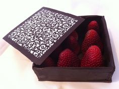 how to make a chocolate box - this is an awesome gift idea! Add some truffles on the inside, and voila!