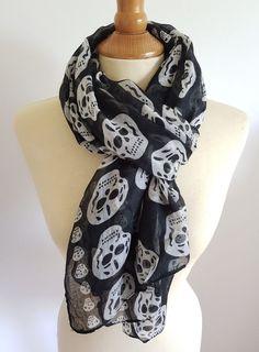 Foulard tête de mort noir et blanc Punk Rock Gothique Skull