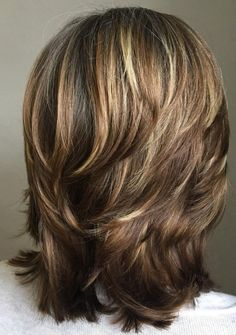 Medium Shag Hairstyles, Medium Layered Haircuts, Haircuts For Medium Hair, Medium Hair Cuts, Long Hair Cuts, Medium Hair Styles, Short Hair Styles, Haircut Styles For Women, Modern Shag Haircut