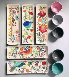 shohreh haghighi Keramik # Unterglasurmalerei # iranischer Künstler # shohrehhaghighi # Instapottery # Instaceramic # iranianceramic # Unterglasur Source by rasamok Clay Projects, Clay Crafts, Arts And Crafts, Ceramic Plates, Ceramic Pottery, Slab Pottery, Pottery Vase, Painted Pottery, Painted Plates