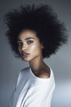 Natural Hair | Image via idontwantrealism.tumblr.com