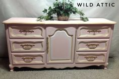 High end Weiman triple dresser hand painted with antique white with