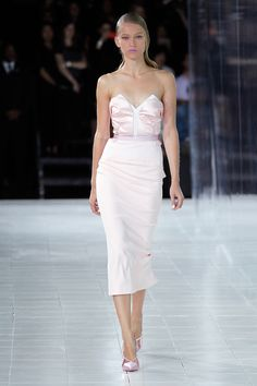 Prabal Gurung: 21 Designers Who Want You to Wear Pink. ModaMob Fashion and Style Lookbooks.