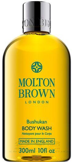Molton Brown Bushukan Bodywash is een verfrissende, toegeeflijk bad en douche gel gemengd met antioxidant-rijke Thai bushukan fruit extract. Voeg een beetje luxe aan uw dag met een Molton Brown douche gel. Ontdek luxe body wash en badschuim in 1, geschikt voor douchen of baden.
