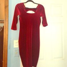 A plum body con dress, great holiday dress!!!! Plum soft body con dress, in excellent condition Urban Outfitters Dresses