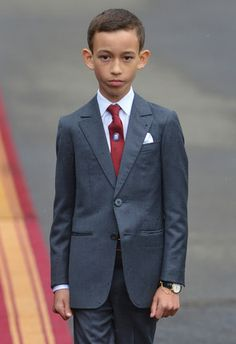 - Photo - The future of the royal families around the globe is in these children's hands. Check out the adorable future heirs to the throne and their royal siblings and cousins! Hassan 2, African Royalty, Royal Prince, Princess Sofia, Kids Hands, The Heirs, Celebs, Celebrities, Vanity Fair