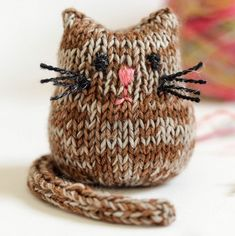 Knitted Cat, Knitted Animals, Knitted Dolls, Easy Knitting, Loom Knitting, Knitting Needles, Knitting Toys, Animal Knitting Patterns, Crochet Patterns Amigurumi