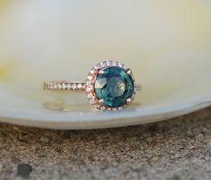 »2.31ct Peacock green blue round #sapphire #diamond от #EidelPrecious« #wedding #weddinginspiration