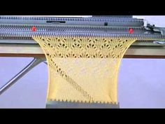 Testing the LC-2 lace carriage with my Singer 740 knitting machine - Knitting Story