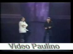 SANDRO Y LEONARDO FAVIO... introduccion  El seminarista de los Ojos negros!!! bella poesía interpretada por Sandro...