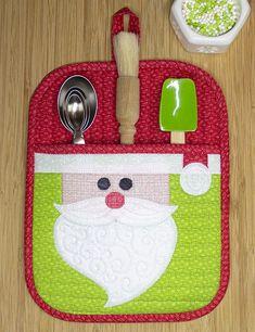 Are you ready for Christmas? How about an easy WeAllSew project perfect as a hostess or teacher gift? Learn how to make a Santa Face, Snowman, and Santa Suit potholder with these tutorials. #kitchen #home #holiday #christmas #gift #hostess #present #free #pattern #tutorial