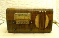 Old Antique Wood Sparton Vintage Tube Radio - Restored & Working Table Top. eBay auction ends tonight at 10:30 eastern!