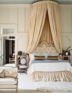 Crown canopy and bedskirt...