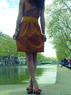 """Robe """"Mr Chicken"""" by Onissia et collier Sur les toits de Paris https://maisononissia.wordpress.com/2013/05/05/%C2%A4mr-chicken%C2%A4/"""