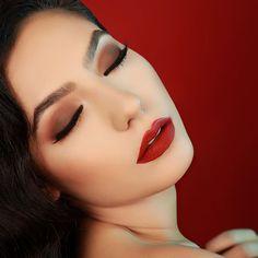 #makeup #makeupartist #beauty #fashion #lips #lipstick #mattelipstick #liquidlipstick #cosmetics #shop #shopping #trend #girl #woman #beautiful #makeuplooks #look #face #lips #eyes #eyeliner #mascara #labial #labiales #maquillaje #belleza #cosmetica WONDER WOMAN campaign shoot  Seduction Master   matte liquid lipstick  Rich Red  lip liner  Smart Tip  liquid eyeliner  Taupe  automatic eyebrow pencil 03  Face Envy  highlighter and contour kit coming soon Eyeshadow @elciecosmetics Model…