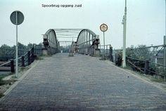 Hoge spoorbrug Assendorp naar Schelle