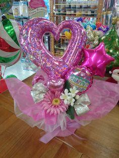 Balloon Display, Balloon Gift, Balloon Decorations, Birthday Diy, Birthday Cards, Birthday Gifts, Candy Bouquet, Balloon Bouquet, Flower Centerpieces
