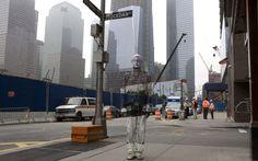 «Κρυμμένος στην πόλη»: ο αόρατος άνθρωπος Liu Bolin - ΜΕΓΑΛΕΣ ΕΙΚΟΝΕΣ - LiFO