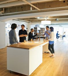 世界最高のデザインファーム「IDEO」が、博報堂DYホールディングスに事業の一部を売却した。それは、より大きく、複雑な世界の問題を解決するために、彼らが踏み出した一歩だった。