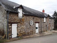 2 Bedroom House for sale For Sale in Mayenne, FRANCE - Property Ref: 700407 - Image 1
