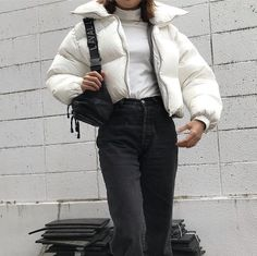 Outfit Wintermode Vibes☄️ - The Latest Trends In Dia Tomboy Fashion, Fashion Killa, Look Fashion, Winter Fashion, Fashion Outfits, Nordic Fashion, Fashion Pics, Classy Fashion, Fashion 2020