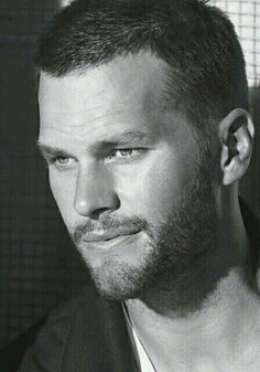 Simply TOM BRADY! New England Patriots QB! My Tom Brady he's  beautiful