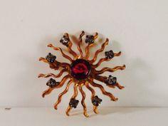 "1920s Gold Tone Sun Burst Rhinestone Brooch 1"" in diameter 841"