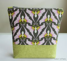 Updated Tutorial: Simple Zippered Pouch - Punkin Patterns