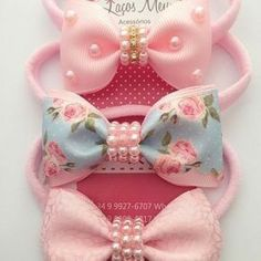 Bows with beads centre Pinwheel bow or clip salvabrani – Artofit This Pin was discovered by den Diy Hair Bows, Diy Bow, Fabric Ribbon, Ribbon Bows, Grosgrain Ribbon, Ribbons, Diy Headband, Baby Headbands, Baby Girl Hair Accessories