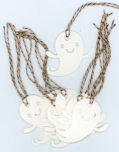 Ghost Halloween gift tags