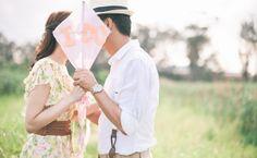 What a cute idea for a wedding photo shoot!