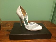 Badgley Mischka Women's 8.5 white Dusk pumps - perfect for Wedding!! #BadgleyMischka #PumpsClassics