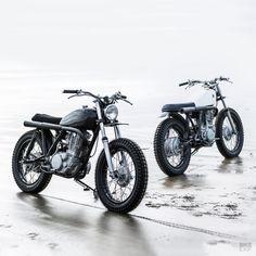 Two new Yamaha scrambler customs from Auto Fabrica Cg 125 Cafe Racer, Yamaha Cafe Racer, Honda Scrambler, Scrambler Custom, Scrambler Motorcycle, Custom Motorcycles, Custom Bikes, Cafe Racers, Sr 500