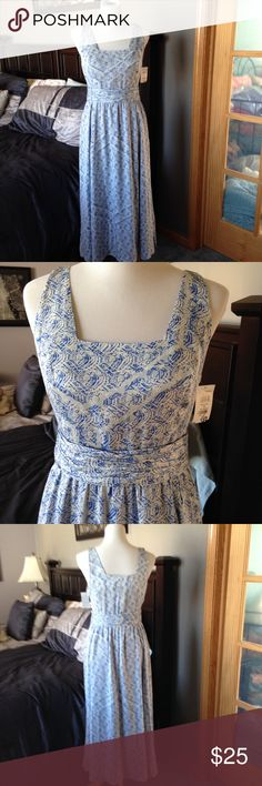 Nordstrom Collection Dress 6 NWOT Bought in Nordstrom. No damage. Nordstrom Collection Dresses Midi