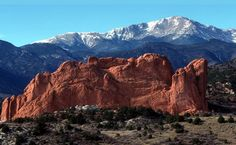 Pikes Peak and Garden Of The Gods, Colorado Springs, CO