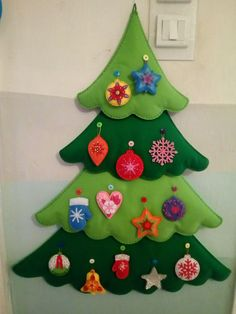 1 million Stunning Free Images to Use Anywhere Christmas Tree Quilt, Christmas Trees For Kids, Christmas Craft Projects, Felt Christmas Decorations, Christmas Tree Design, Felt Christmas Ornaments, Outdoor Christmas, Rustic Christmas, Kids Christmas