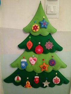 1 million Stunning Free Images to Use Anywhere Felt Christmas Decorations, Felt Christmas Ornaments, Christmas Wood, Christmas Projects, Handmade Christmas, Fleece Crafts, Felt Animal Patterns, Felt Gifts, Felt Tree